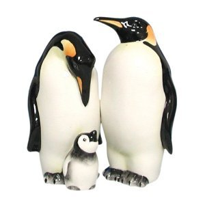 Penguins Mom, Dad an Baby Salt and Pepper