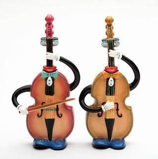 ANTHROPOMORPHIC Musical Bassess Salt and Pepper