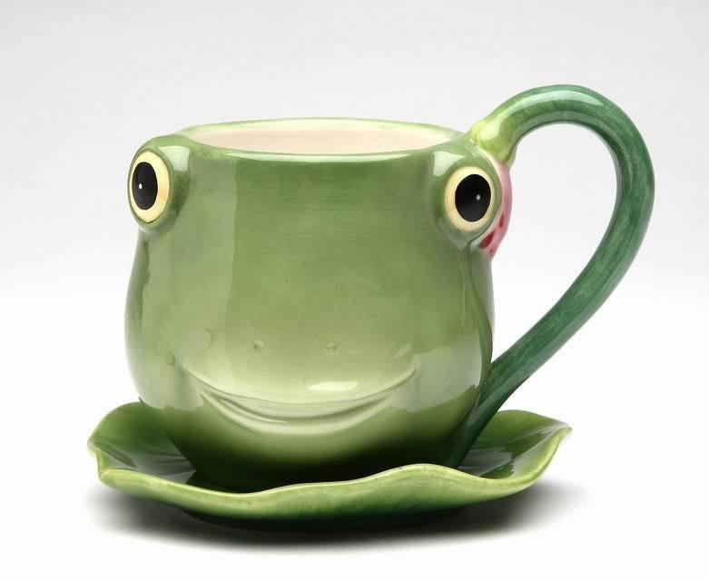 Fairy Frog Porcelain Tea Cup & Leaf Shaped Saucer