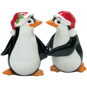 MWAH Magnetic Penguin Couple Wearing Christmas Hat Salt and Pepper
