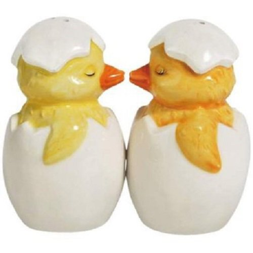 Magnetic Chick A Kiss Salt and Pepper