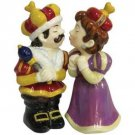 MWAH King and Queen Kissing Salt and Pepper