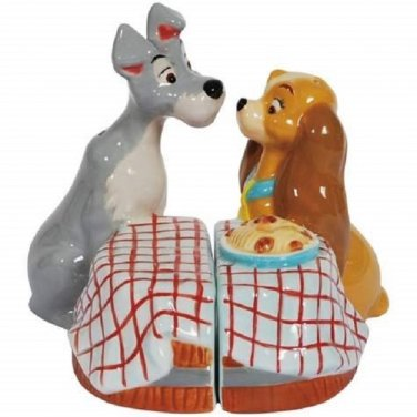 Disney The Lady & the Tramp Dog Couple First Kiss Salt and Pepper Kitchen Ware
