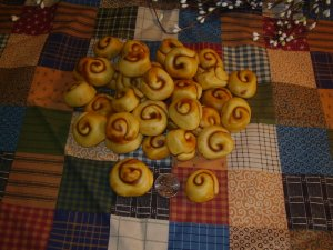 1lb Hand Rolled Cinna Buns for Fixins or Bowl Fillers