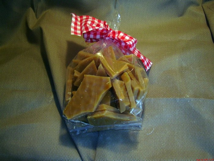 1 lb Grandma's Kitchen Scented Wax Brittle