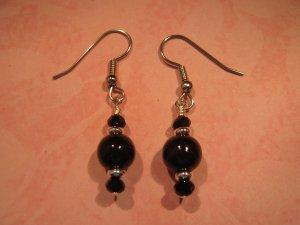 Onyxold Black Earrings