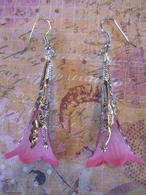 Hand Dyed Strawberry Fields Trumpet Flower Earrings in Silver Plate