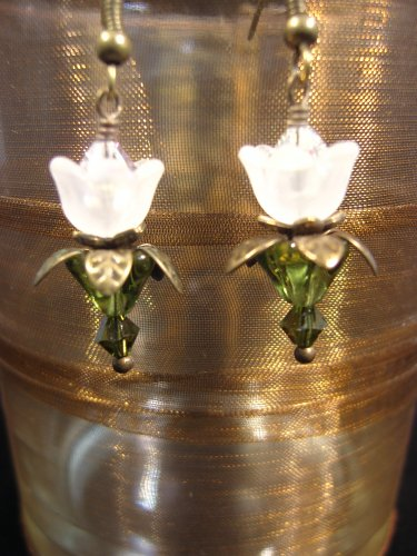 White lovely Lucite Flower Earrings