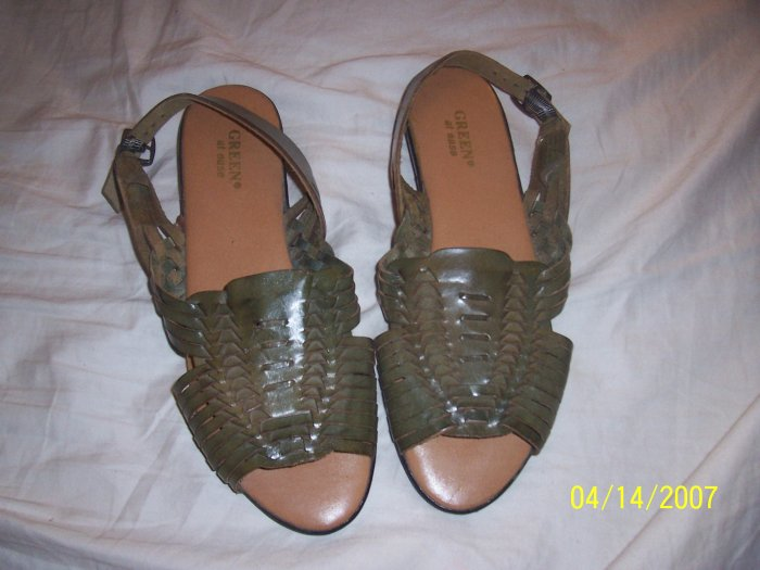 Green at Ease Sandals Womens 11  Free Shipping