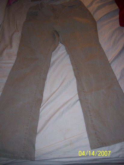 Motherhood Flare Leg Pants Size Medium  Free Shipping