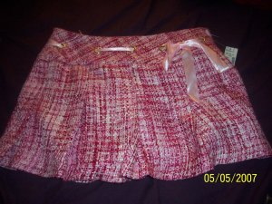 Studio Y Skirt Brand New Size 9/10  Free Shipping