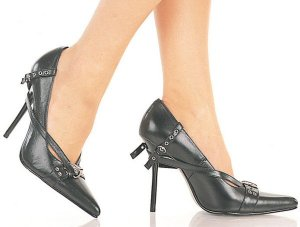Women's Classic Pump with Wrap Around Grommet