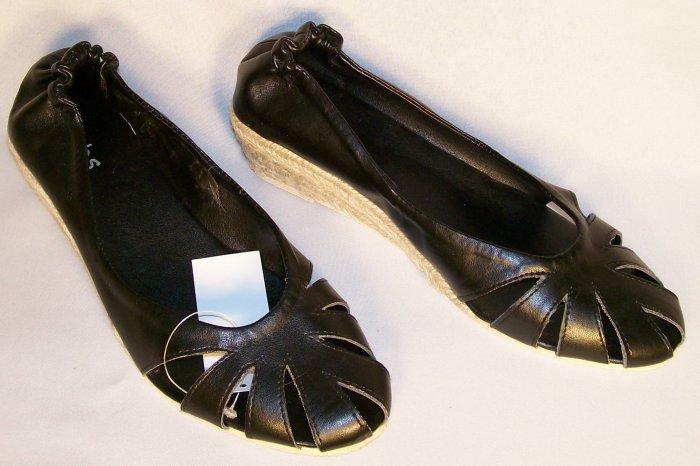 Fabs brand kitten wedge black espadrilles size 8