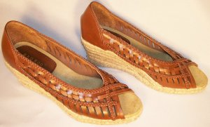 bamboo brand brown wedge espadrilles open toe size 9