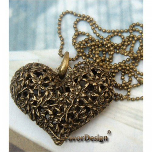 Lovely Retro Copper Heart Necklace Pendant Vintage Style