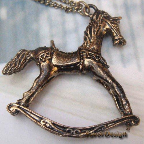 Elegant Retro Brass Horse design Pendant Necklace