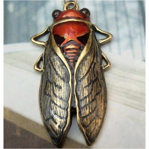 Retro Brass Cicada design Pendant Necklace