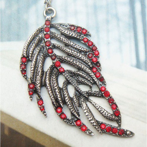 Swarovski Crystal Silver Plated Peacock Leather Necklace Vintage Style