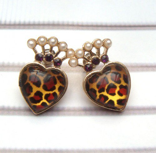 Antique Brass Swarovski Crystal Heart Ear Stud