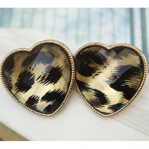 Elegant Retro Brass Heart design Ear Stud