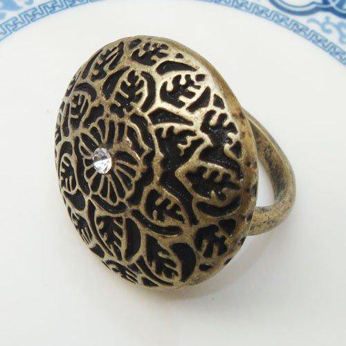 Size 7.8 Antique Brass Flower Ring