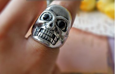 Vintage Style Vogue Silvery  PUNK Human Skeleton Ring