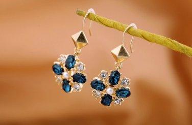 vintage style Vogue gold Inlay Rhinestone Crystal Dinner Wedding Bridal Bridemaids Gift Earrings
