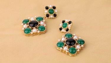 Antiqued Brass Vintage Style Classic Ear Stud Rhombus Pearl Crystal
