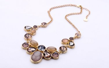 Vintage Style Antiqued Brass Classic Vogue Necklace Acryl Crystal Dinner Necklace