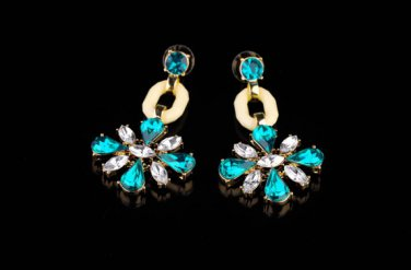 Antiqued Gold Vintage Style Classic Vogue Earrings Blue Crystal Earrings