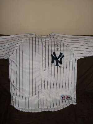 "Dwight Gooden New York autographed Jersey-""No Hitter"" inscription"