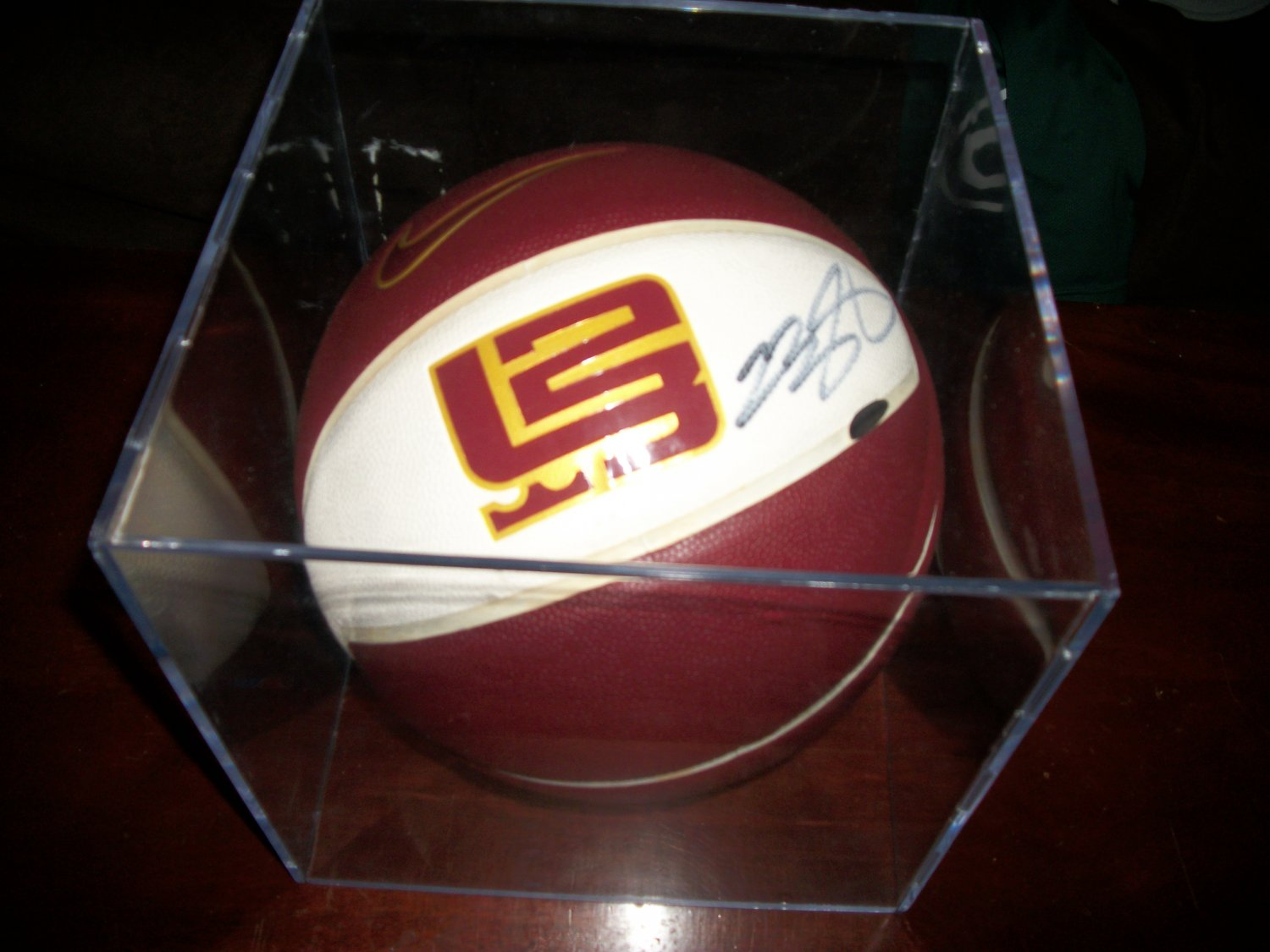 lebron james autograph - photo #48