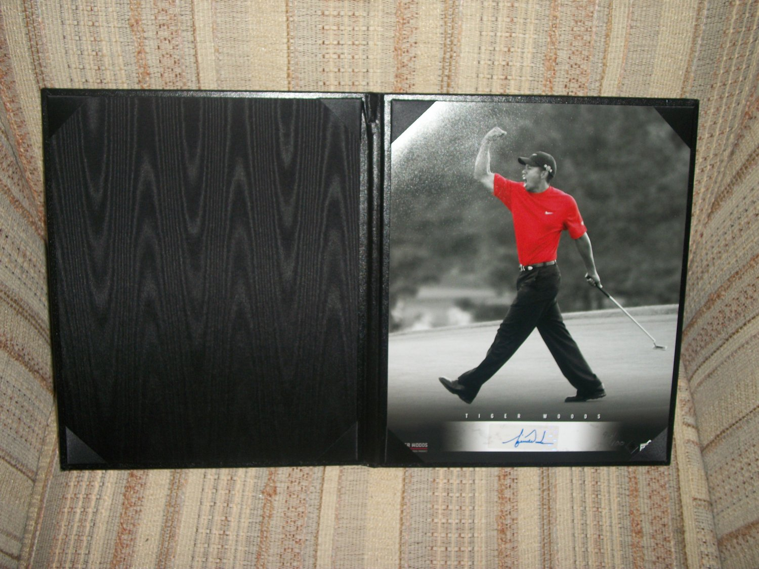 Tiger Woods LE autographed 8x10 Black/White UDA photo