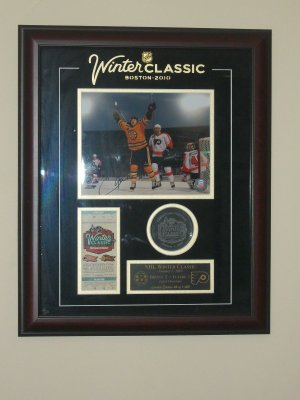 Autographed 2010 Fenway Park Winter Classic LIMITED EDITION signed photo plaque