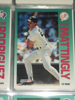 Don Mattingly 92 Fleer baseball card