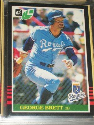 George Brett 85 Leaf baseball card