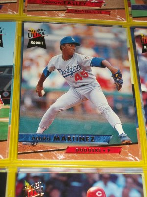 Pedro Martinez 93 fleer ultra baseball card- ROOKIE