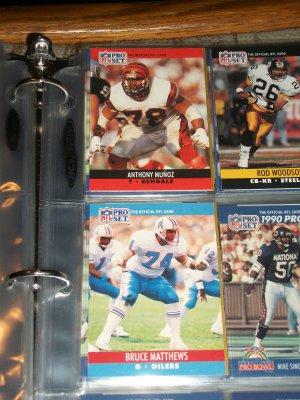 Anthony Munoz+Bruce Matthews 1990 Pro Set Football Cards