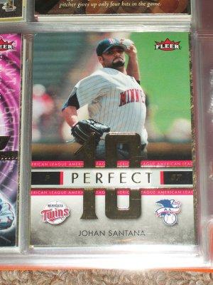 """Johan Santana 2007 RARE Fleer """"Perfect 10"""" Insert Baseball Card"""