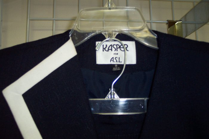 KASPER FOR ASL Classic Navy Skirt Suit Size 8 101-271suit