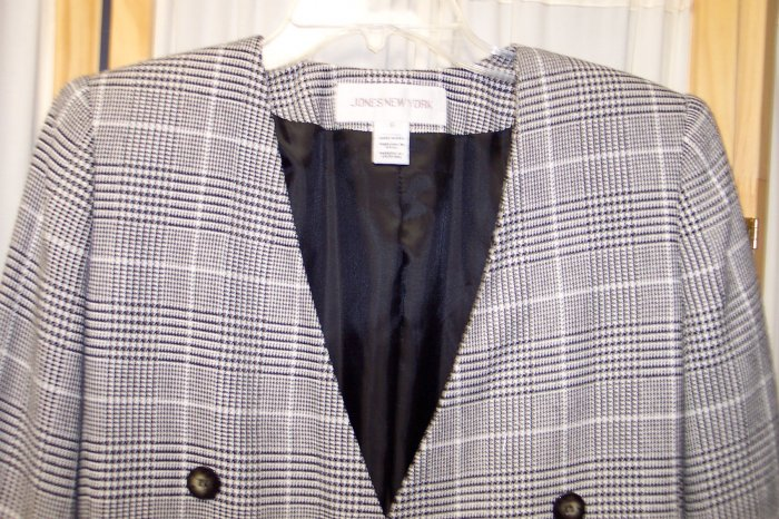 Jones New York Classic Blazer Jacket Size 6 101-186 Once Is Never Enough