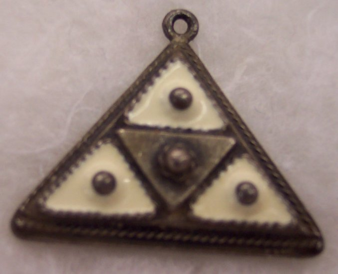 Vintage Coro Vendom Triangle Silver Pendant Drop 101-1168 locationD1