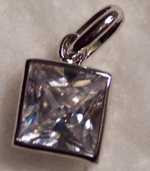 New Swarovski Crystal Reversible Non Tarnishing Silver Rhodium Pendant Drop Slide 621-77 locationD1