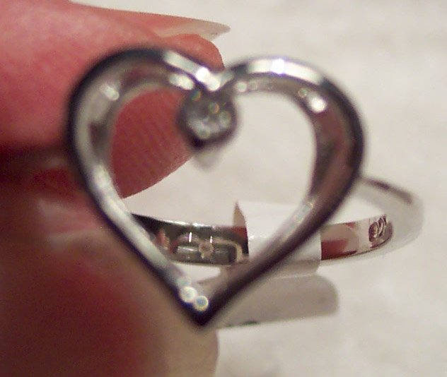 New Silver Rhodium Non Tarnishing Heart Ring Size 8 621-64