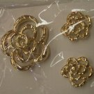 Goldtone Demi Parure Jewelry Brooch Pin and Pierced Earrings 423-52