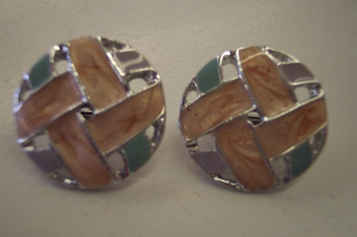 Sweet Vintage Round Clip Earrings 101-453