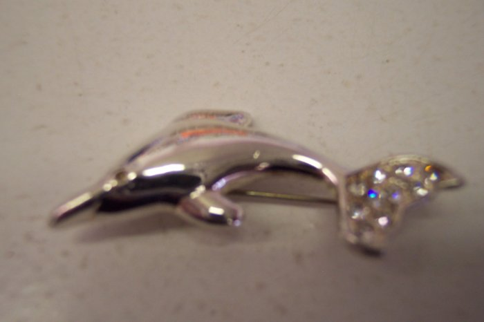 Vintage Costume Jewelry Rhinestone RS Dolphin Porpoise Silver Tone Pin Brooch 147-816