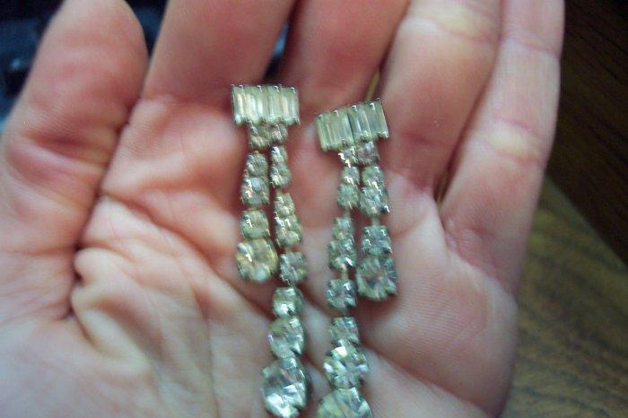 Vintage Rhinestone Pierced Earrings 101-1503 Costume Jewelry