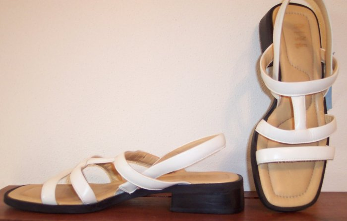 Nine West Ninewest White Leather Sandals Size 8M SH-4 location85