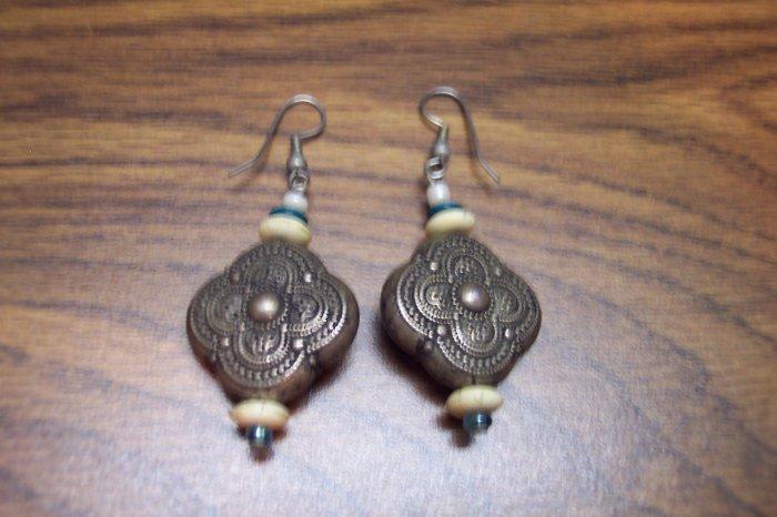 Vintage Pierced Silvertone Drop Earrings 101-2584  Use to make new earrings if you like